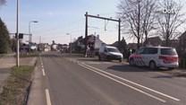 Spoorwegovergang kapot gereden in Wierden