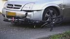 Fietser naar ziekenhuis na botsing met auto in Nieuwleusen