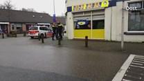 Fietser tegen ruit in Enschede
