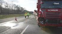Twee rijstroken dicht op A1 bij Bathmen na ongeluk met drie vrachtwagens