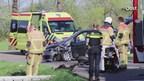 Frontale botsing in Enschede, twee gewonden