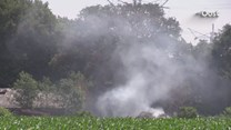Weer is het raak bij hooischuur in Enschede: vierde keer brand in twee weken tijd