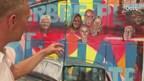 Bewoners Genestéstraat te zien op metershoog schilderij in Stadkamer Zwolle