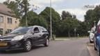 Dertig kentekenplaten zijn in Hengelo van auto's gehaald