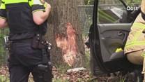 Brandweer bevrijdt automobilist uit voertuig