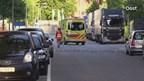 Scooterrijder naar ziekenhuis na aanrijding in Enschede