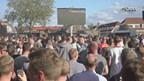 Supporters Go Ahead Eagles kijken uitwedstrijd in eigen stadion